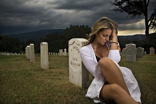 mourning us